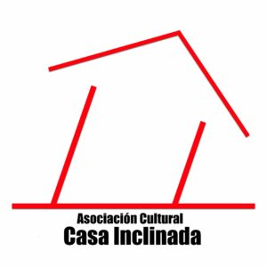 asoci casa inclinida